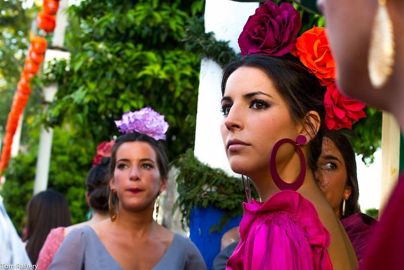 Mujeres con el traje de flamencas